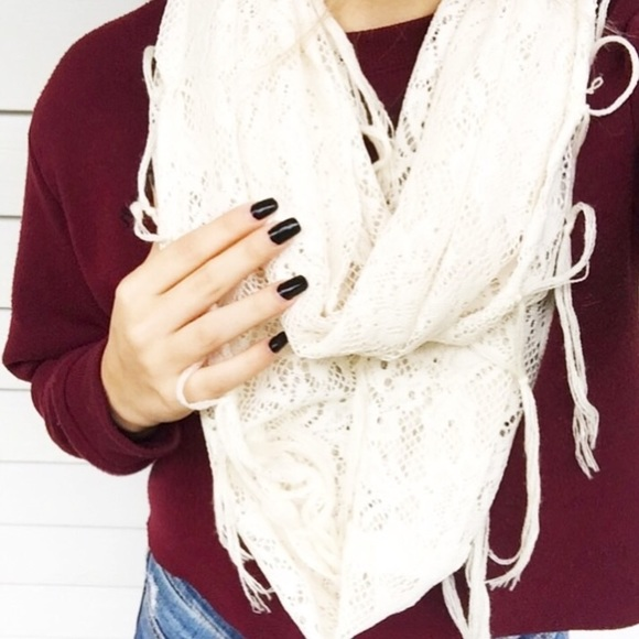 Accessories - White Infinity Lace Detailed Scarf with Tassels